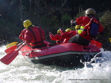 eXtremos - Rafting::Battle the ferocious of the river
